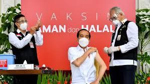 penyuntikan-vaksin-covid-19-jokowi-dosis-kedua-hingga-pro-kontra-kedatngan-vaksin-sinovac-ke-indonesia